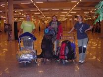 Rafa, Pedro y Mariana en el Aeropuerto