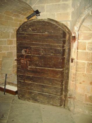 puerta de una de las celdas