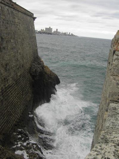 entrada del mar al foso