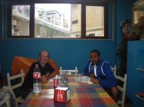 cenando con Santiago