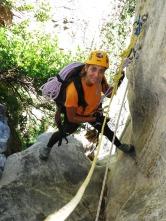 Carmen instalando el salto de 15m