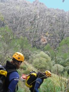 al fondo cañón del torrente