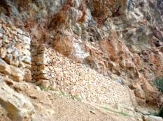 magnífica pared de piedra en seco