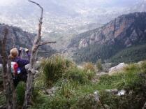 Pilar fotografiando la Vall de Sóller