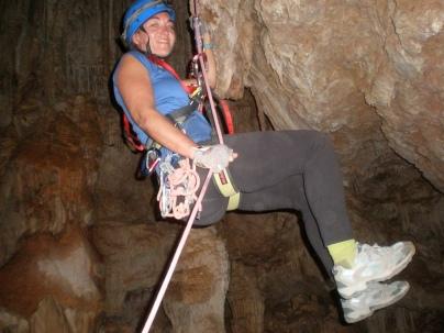 aquí Pilar, llegando abajo del pozo