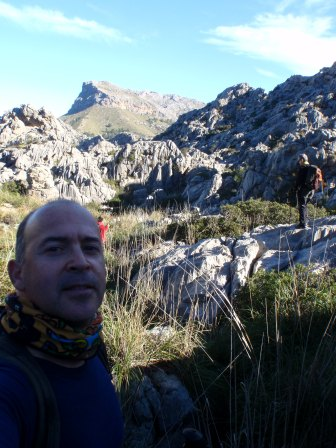 al fondo el Puig Roig