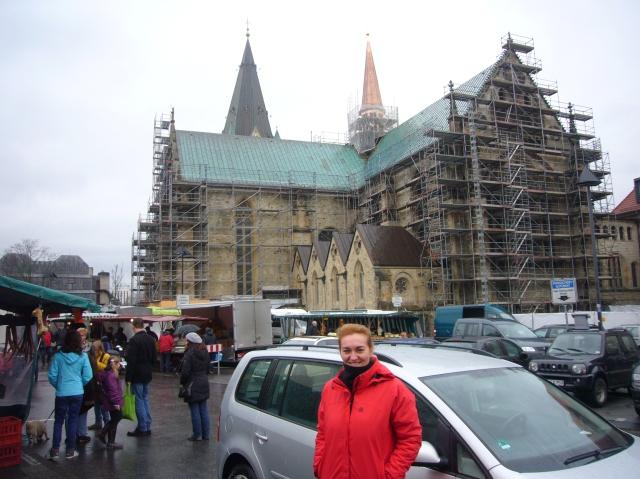 Pilar, mercado y la Catedral (Dom) en obras.