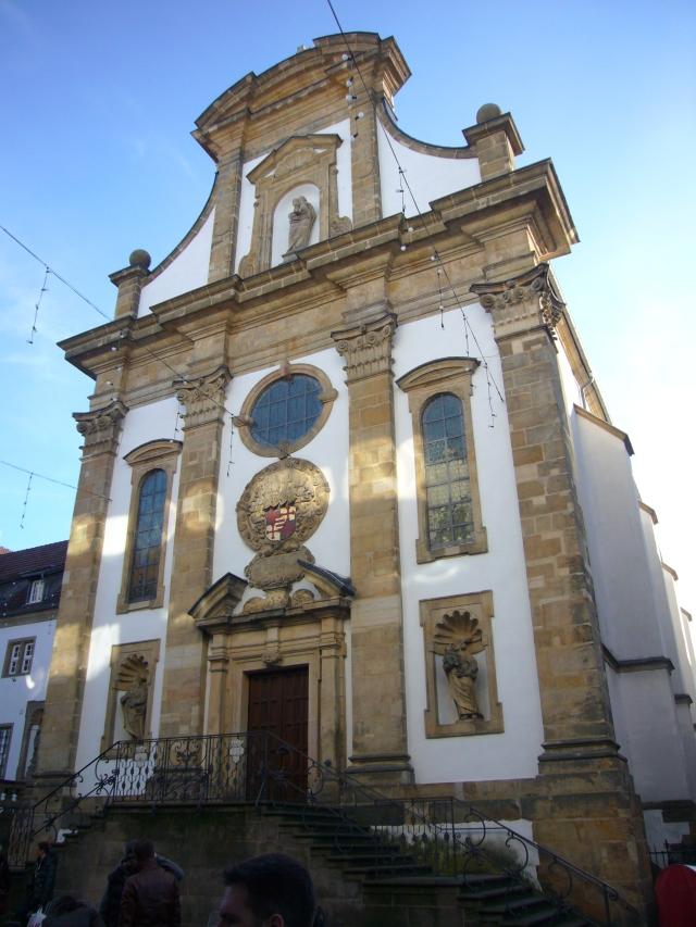 fachada de la Iglesia de los Franciscanos