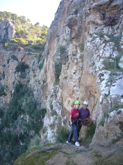 Xisca y Pau en la cabecera del Salto de 80 mts.