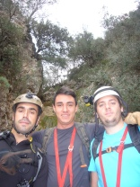 con mis amigos Gabriel y Tomás.