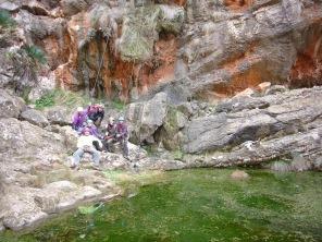 Foto de grupo a poco de llegar al Ratjolí.